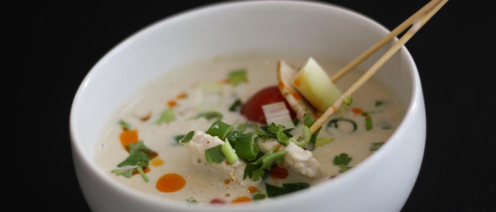 thaisuppe med kokosmælk